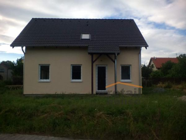 Rodinný dům na klíč Praktik 81 od Retail House
